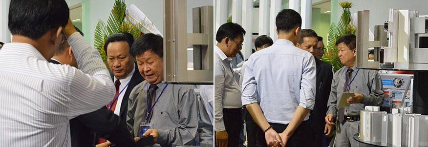 Ông Nguyễn Quang Cung - Chủ tịch Hiệp hội Xi măng Việt Nam đến tham quan gian hàng của Long Van Group