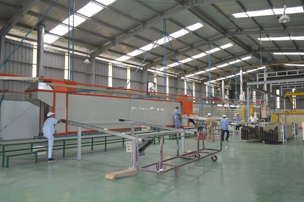 Nhà máy sơn tĩnh điện nhôm định hình