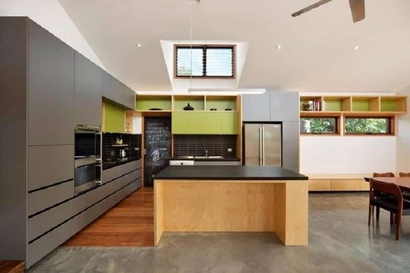 Cửa lá sách cho nhà bếp để hấp thụ ánh sáng tự nhiên và thông gió