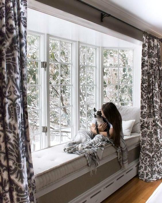Thiết kế cửa sổ phù hợp với kiến trúc tạo không gian sống riêng cho bản thân