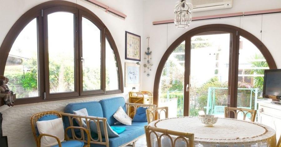 Cửa sổ hình vòm: Kiểu dáng cửa sổ thiết kế nhà đẹp theo phong cách Châu Âu