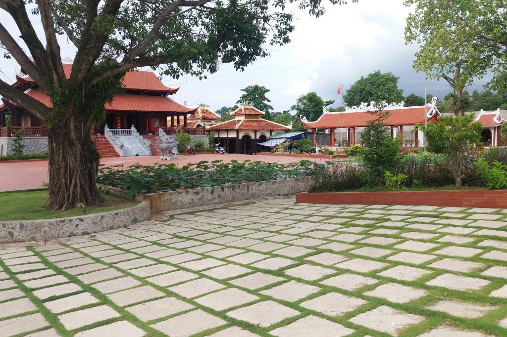 Quan cảnh tổng quát của Đền thờ Nguyễn Trung Trực